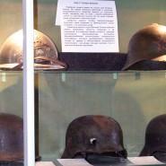 Выставка «Как у танка броня » фотографии