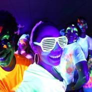 Дискотека Neon party фотографии