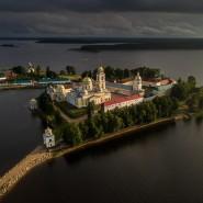 Выставка Русского географического общества «Монастыри России» фотографии