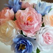 Цветы из гофрированной бумаги фотографии