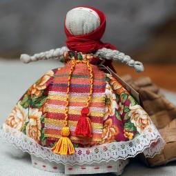 Видеоурок «Русская народная игрушка: кукла»