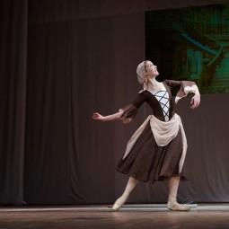 Показ записи хореографической композиции «Мечты Золушки» под музыку С. Прокофьева