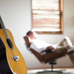 Музыкальная гостиная «Знакомьтесь, поющий поэт»