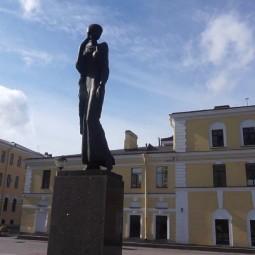 «Петербург Анны Ахматовой…» - тематический киночас