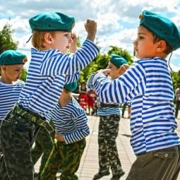 Конкурсная программа «Будем в армии служить»