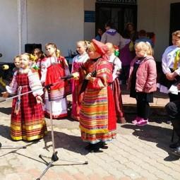 Фольклорный праздник «Слышу Звон, но не знаю, где он». День народных игр.