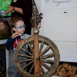 Программа выходного дня «Знакомство с крестьянским бытом. Традиционная русская игрушка»