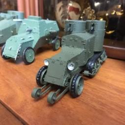 Выставка макетов военной техники.