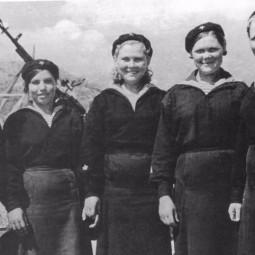 Видеовыставка «Женское лицо Победы. Моряки и танкисты»