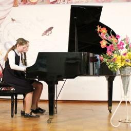 Отчётный концерт фортепианного отдела «Весеннее настроение»