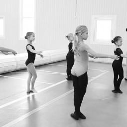 Урок № 4 «Детский танец. Разбор движений»