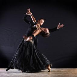 Трансляция мастер-класса «Бальный танец»