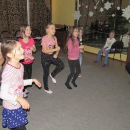 Танцевально-развлекательная программа «Танцуй веселей!»
