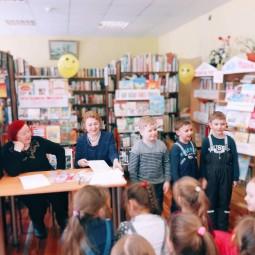 Встреча с детскими поэтами «Мы по городу шагаем»
