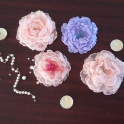 Трансляция мастер-класса «Цветок-украшение из шифона»