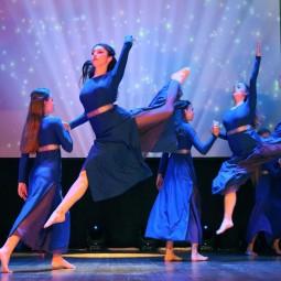 «В вихре танца»