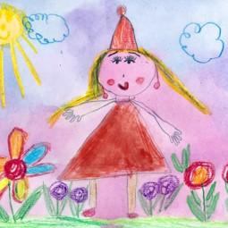 Выставка детских рисунков «Моя любимая кукла»