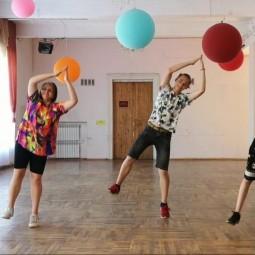 Танцевально-игровая программа «Космостарс»