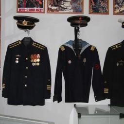 «История военно-морской формы России»