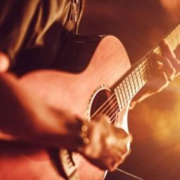 Концерт «Пусть молодость нас не покинет»