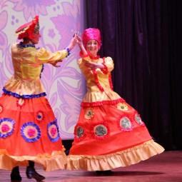 Концерт ансамбля танца «Реутовчанка»