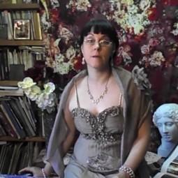 Видео познавательной программы «Царица муз и красоты…»
