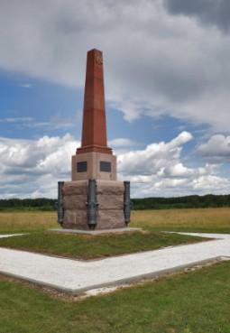Памятник батарейной № 2 и легкой № 2 ротам лейб-гвардии Артиллерийской бригады