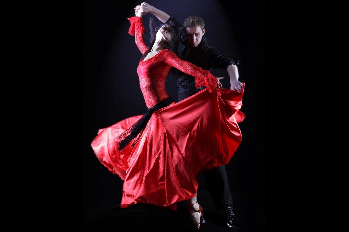 турист танец румба фото глухаря очень